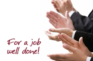 pengusaha J Chandra Ekajaya & J Wijanarko memberikan apresiasi karyawan